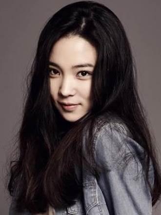 Biodata Lee Yeon Hee Dating