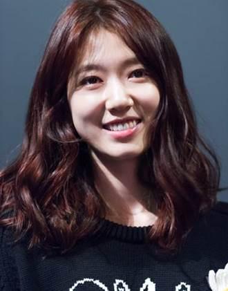 Pemain The Heirs - Park Shin-Hye pemeran Cha Eun-Sang