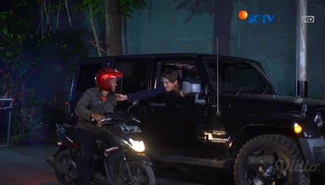 Sinopsis Topeng Kaca SCTV Hari Ini Kamis, 20 Juni 2019 Episode 11