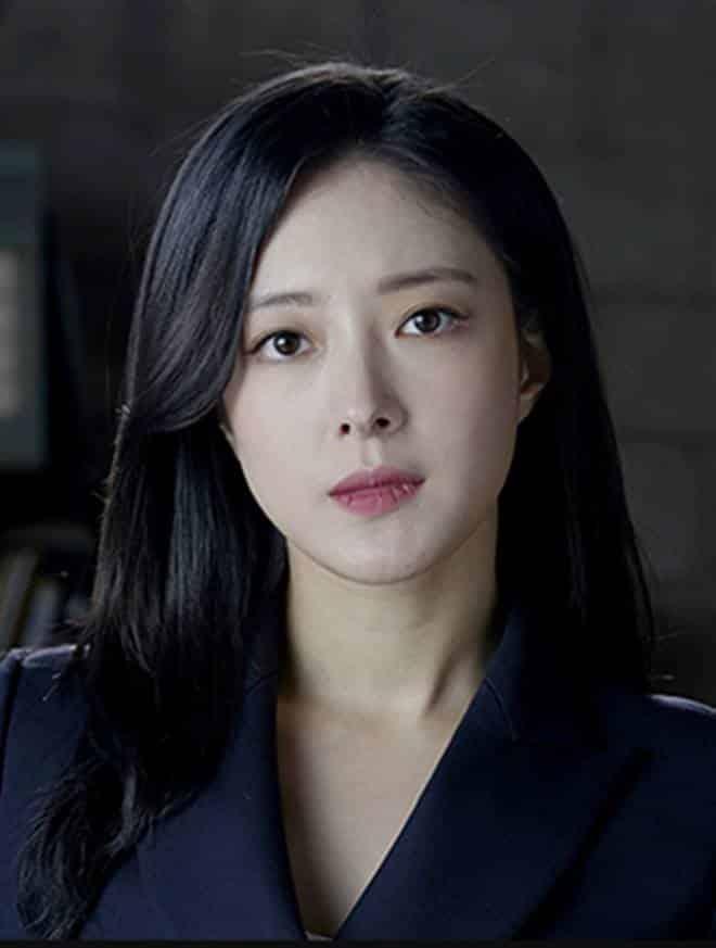 Pemain Memorist Drama Korea - Lee Se-Young sebagai pemeran Han Sun-Mi
