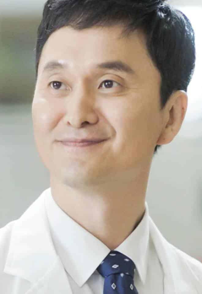 Pemain Drama Korea Doctors - Jang Hyun-Sung pemeran Kim Tae-Ho