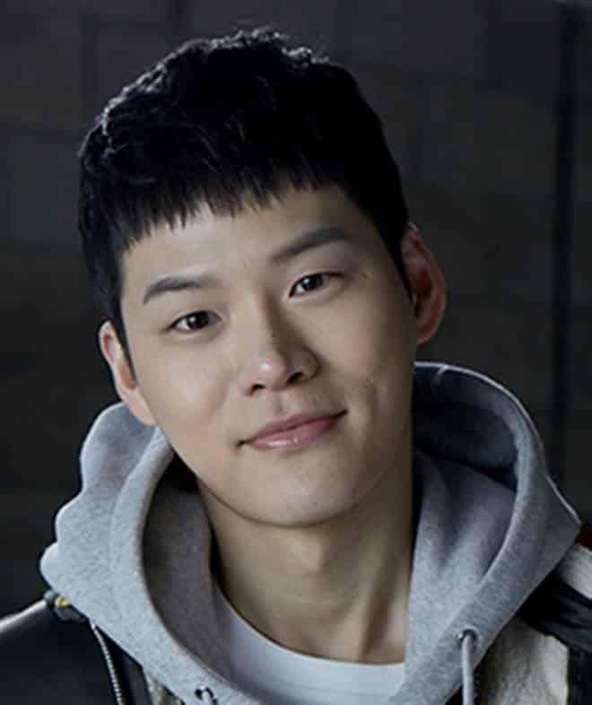 Pemain Memorist Drama Korea - Yun Ji-On sebagai pemeran Oh Se-Hoon