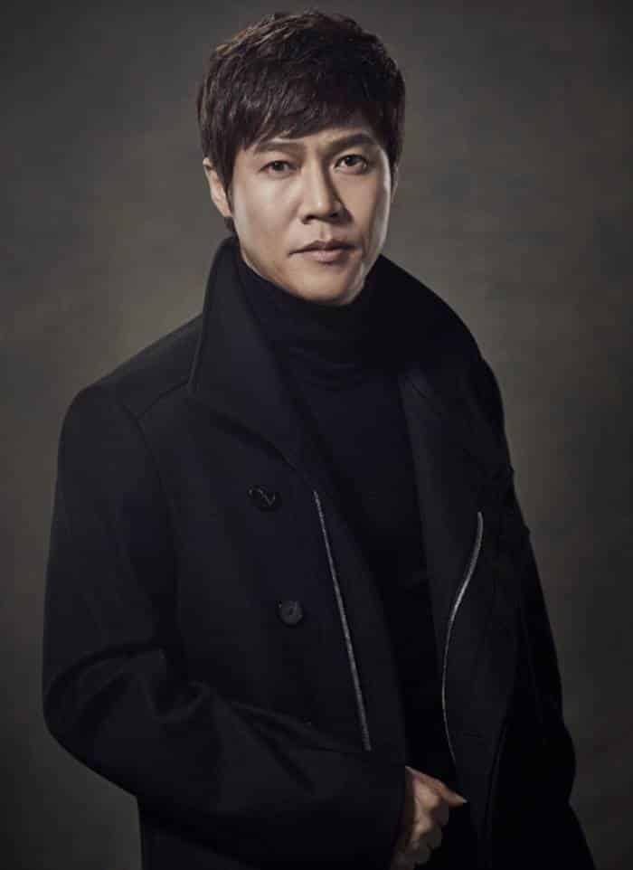 Pemain Extracurricular - Park Ho-San pemeran Ayahnya Ji-Soo