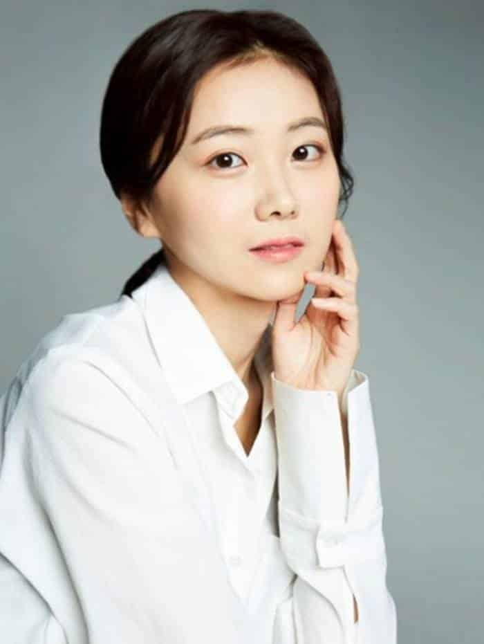 Pemain Born Again - Wie Ji-Yeon pemeran Jang Hye-Mi
