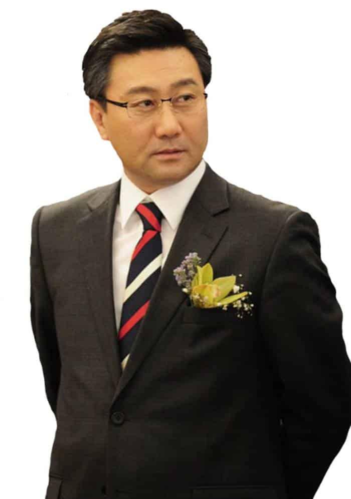 Pemain Soul Mechanic - Choi Jung-Woo pemeran Lee Taek-Kyung