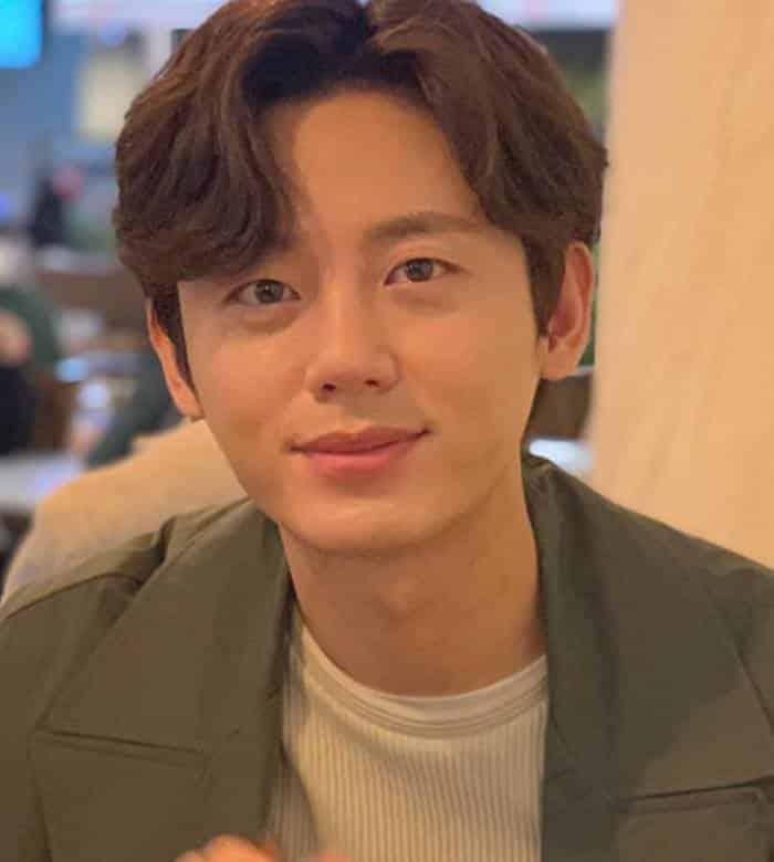 Pemain The Legend of the Blue Sea - Lee Ji-Hoon pemeran Heo Chi-Hyun