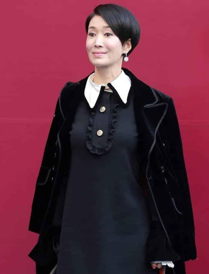Pemain The Legend of the Blue Sea - Na Young-Hee pemeran Mo Yoo-Ran