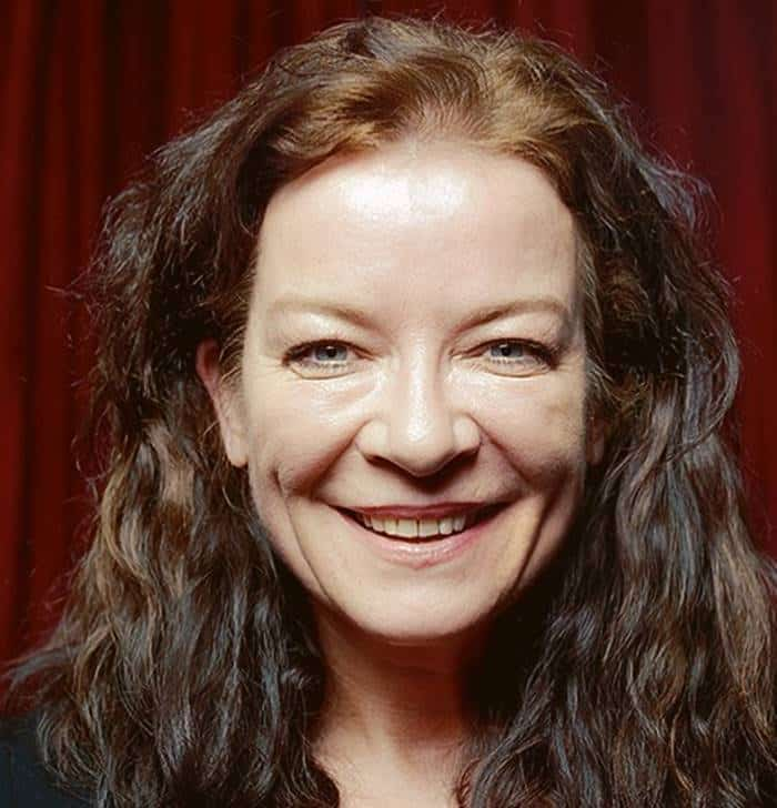 Pemain The Worst Witch - Clare Higgins pemeran Miss Ada Cackle