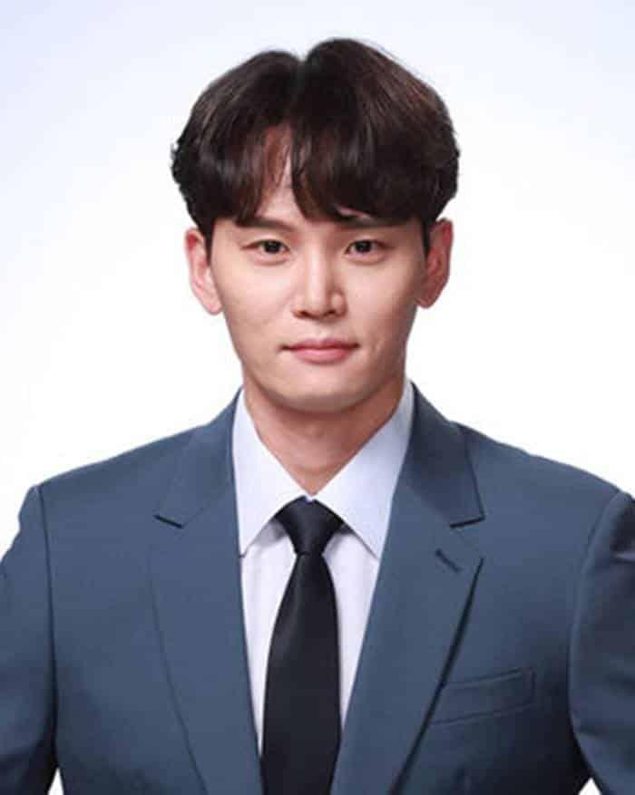 Pemain Into the Ring - Han Joon-Woo pemeran Kim Min-Jae