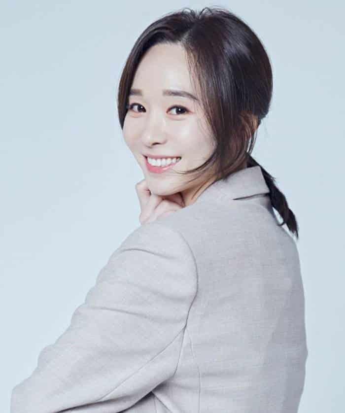 Pemain Love in the Moonlight - Han Soo-Yeon pemeran Ratu Kim