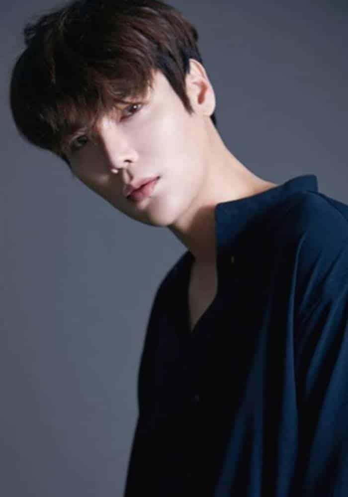 Pemain Alice - Jihyuk sebagai Hong Jung-Wook