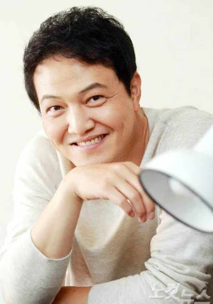 Pemain I Can Hear Your Voice - Jung Woong In sebagai Min Joon Kook