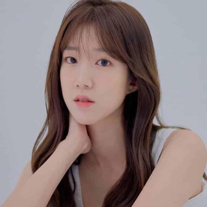 Pemain Do You Like Brahms - Lee Ji-Won sebagai Kim Hae-Na