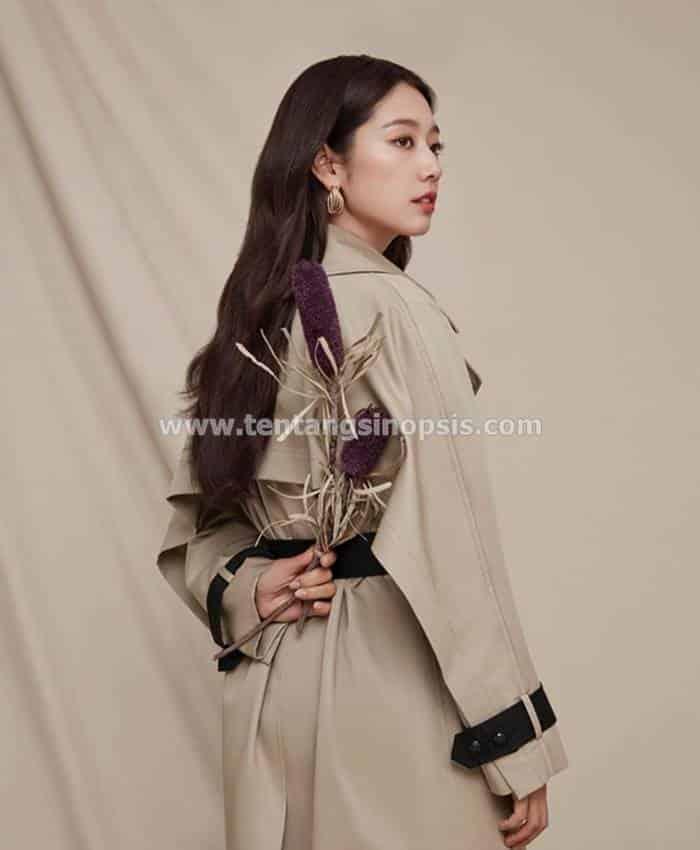 Pemain Pinocchio - Park Shin-Hye sebagai Choi In-Ha