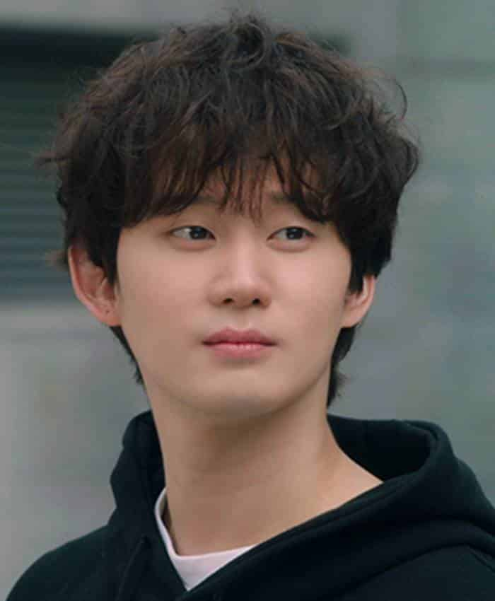 Pemain Record of Youth - Kwon Soo-Hyun sebagai Kim Jin-Woo