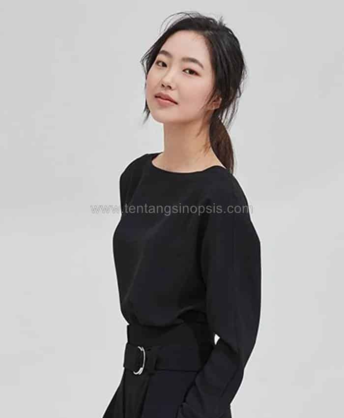 Pemain The School Nurse Files - Park Se-Jin sebagai Raddy