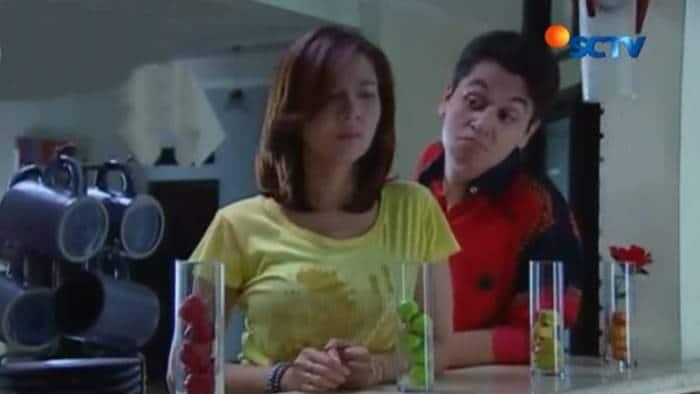 FTV Cinta Seempuk Donat (2014)